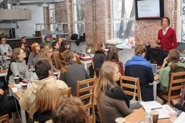 """""""Advanced So"""" socialinio verslo inkubatorius pradeda veiklą Lietuvoje ir ieško dalyvių"""
